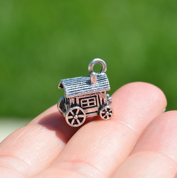 10piece//lot Wagon Charm Antiqued silver Tone Covered Wagon Charm pendant 24x14mm