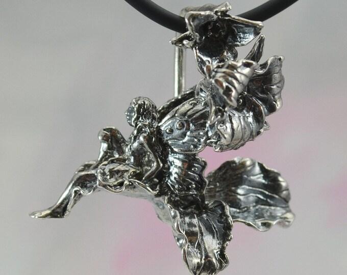 Trillium Faerie Pendant in Sterling Silver