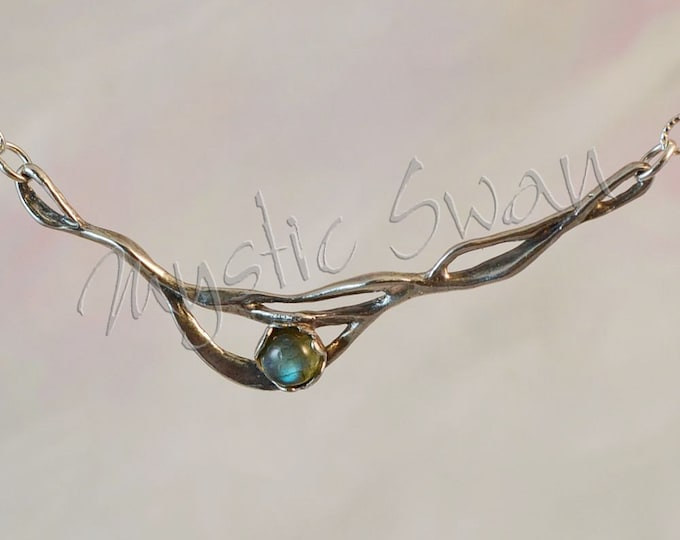 Contemporary Jewelry Flowing Wave Sterling Silver Fantasy Necklace With Labradorite Cabachon