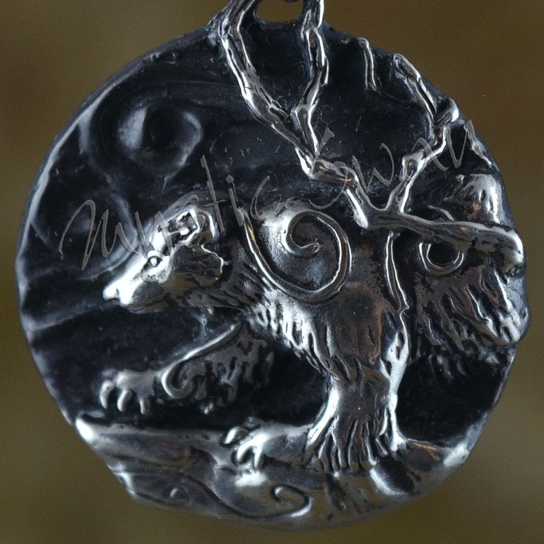 Spirit Wolverine Fantasy Pendant with Accent Stone Bail in image 0