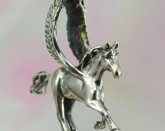 Flying Pegasus Fantasy Jewelry Pendant in Sterling Silver