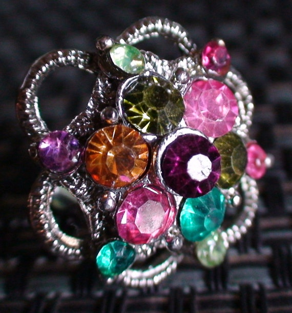 Gorgeous Rhinestone Cocktail Ring Vintage 70s
