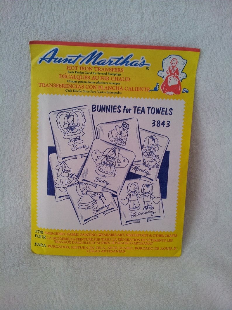 Aunt Martha's Hot Iron Transfers Bunnies for Tea Towels #3843