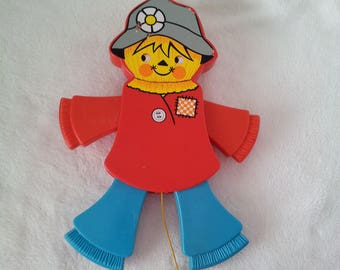 Vintage Fisher Price scarecrow pull toy, Fisher Price scarecrow crib toy, Fisher Price crib toy, scarecrow baby toy, 70s Fisher price toy