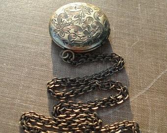 Brass LOCKET Necklace Vintage Locket Brass Flower Locket Pendant Jewelry - Romantic Necklace