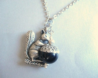 Squirrel Necklace with Acorn Nature Necklace Black Acorn Pendant Silver Squirrel Charm Necklace Acorn Jewelry Summer Gift