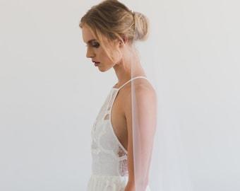MARISA | sheer fingertip veil, one layer wedding veil, minimalist bridal veil, short wedding veil