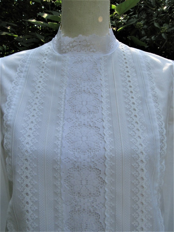 70s 80s Victorian Blouse/ Lace Front Blouse/ High… - image 2