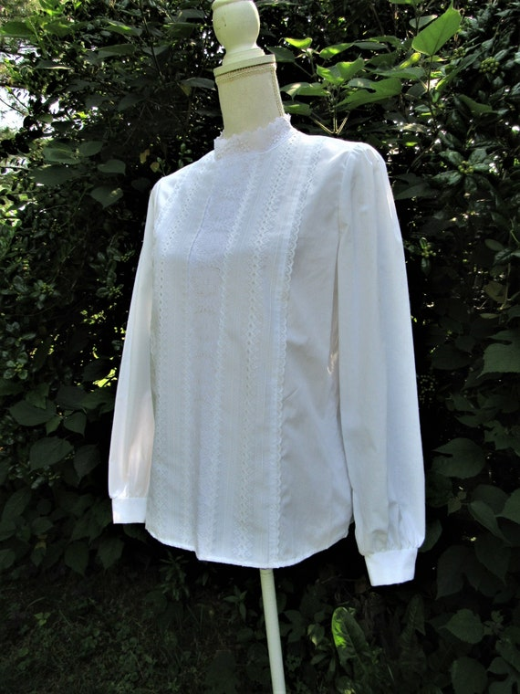 70s 80s Victorian Blouse/ Lace Front Blouse/ High… - image 4
