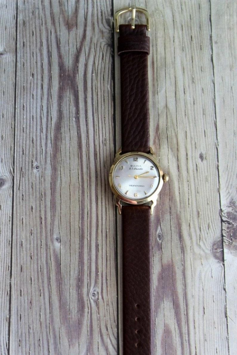 Etsy Au Gratuite Avintageobsession Wrist Watch ÉU Poignet Des Vintage Bulova Sur Montre Par Livraison Pn0XOkN8wZ