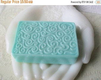 SALE 30% OFF Handcrafted Aloe & Honey  Soap Dangerous
