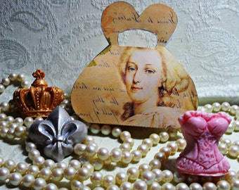 Marie Antoinette Handcrafted Guest Soap Gift Set