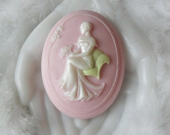 Handcrafted Cameo Soap with Aloe Joan Cameo Soap