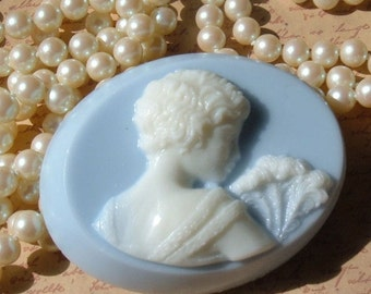 Cameo Handcrafted Soap Suzette