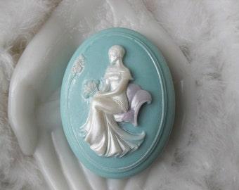 Handcrafted aloe soap Barbara Cameo Soap