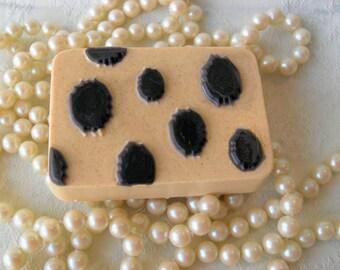 Cheetah Soap Aloe & Oatmeal Soap