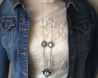 Repurposed Vintage-style Necklace - Vintage Jewel Necklace - Old-Fashioned Look Necklace