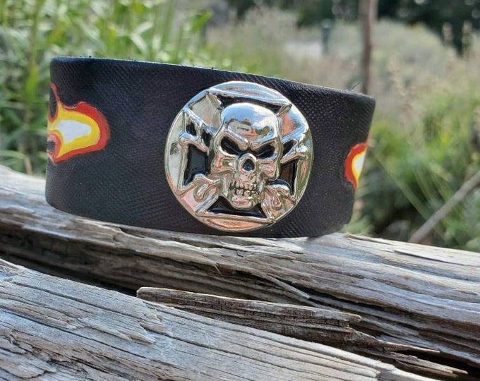 hard-core skateboarder motorcycle rock black leather bracelet leather cuff punk rock Ready to ship size 7.5 Flaming skull bracelet