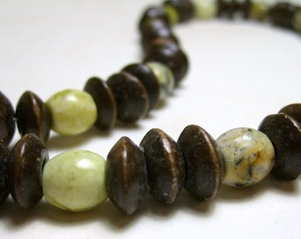 Serpentine and Wood Necklace