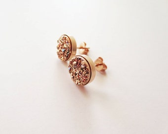Rose gold druzy earrings. Druzy stud earrings. Titanium druzy. Rose gold earrings. Rose gold jewelry. Bezel setting. 8mm. 10mm. 12mm.