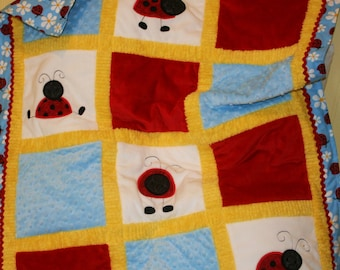 Playful Little Ladybugs Adorable  Cuddly Minky Blanket