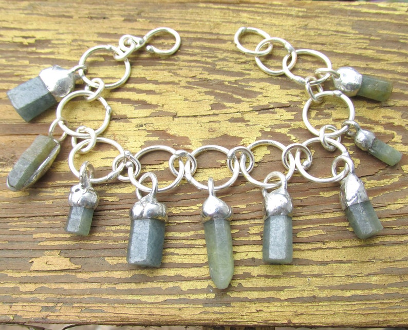 Silver Chain Bracelet with RAW Hexagonal SAPPHIRE Crystal Dangles HANDMADE Natural Gemstone /& Silver Link Bangle Jewelry