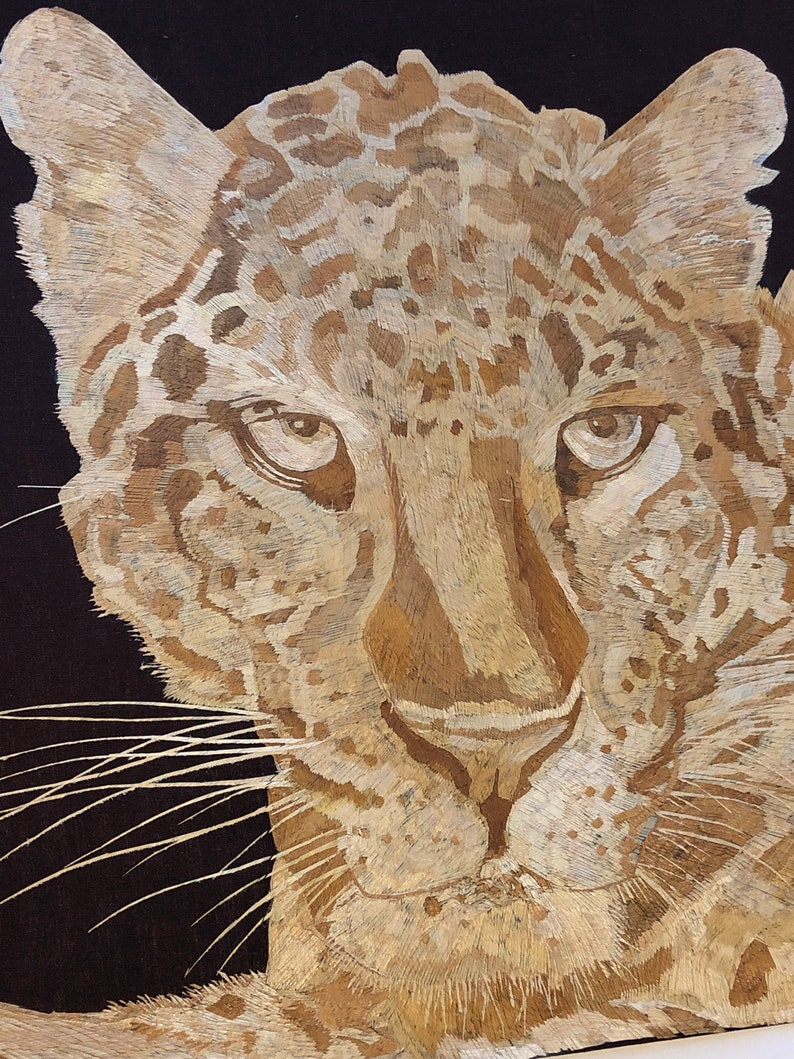 Tiger portrait Handmade with rice leaves!! Wild animals done in rice straw   Have you seen ancient rice straw art? No color used all natural
