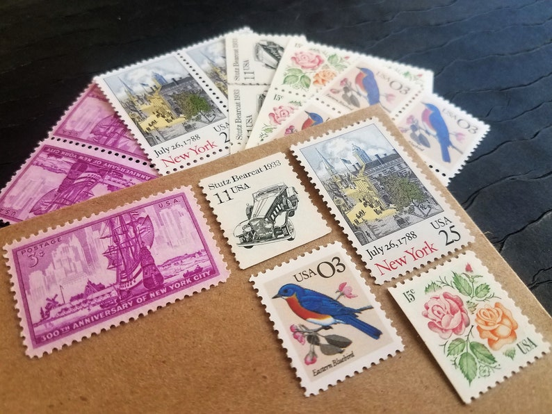 New York Estate    UNused Vintage Postage Stamps    post 5 letters