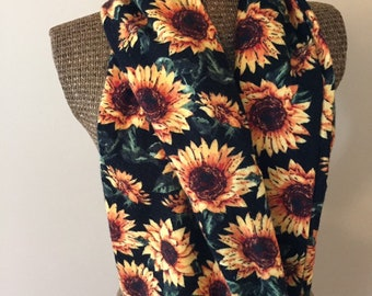 Sunflowers sewn infinity scarf with zipper pocket, long infinity scarf, flannel scarf, winter accessory for women, fall scarf, pocket scarf