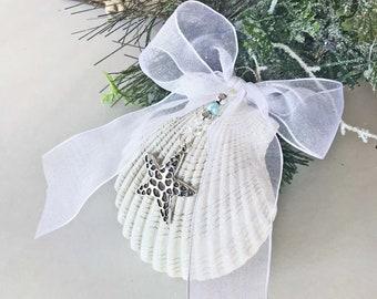 """BEACH CHRISTMAS ORNAMENT, starfish ornament, coastal ornament, shell ornament, Christmas tree ornament, beach holiday decor, 5"""" x 4'"""