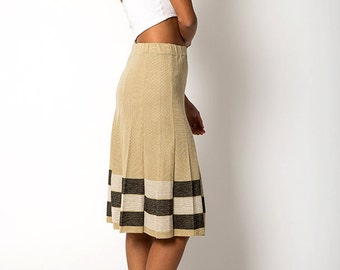 The Vintage Tan Colorblocked Pleated Knit Skirt