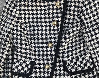 Saks Fifth Avenue Vintage Black and White Houndstooth Wool Blazer Jacket Size 8