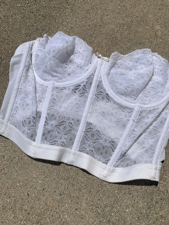 Gelmart Made in Philippines White Lace Vintage Co… - image 2