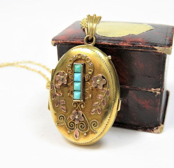Victorian 10k Gold Locket with Turquoises; Vintage