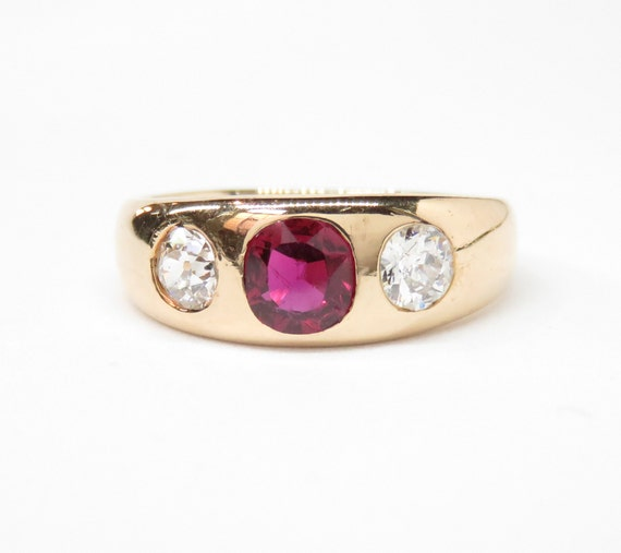 Victorian 18k Gold Ruby and Diamond Ring; Victoria