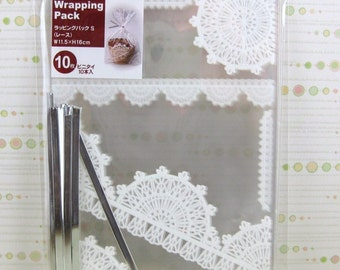Lace Pattern Gift Bags