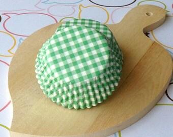 Green Gingham Standard Cupcake Liners
