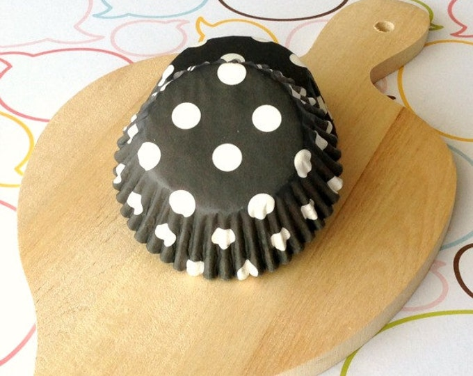Black & White Polka Dot Standard Cupcake Liners