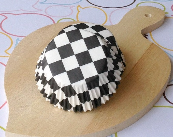 Black & White Checkers Standard Cupcake Liners