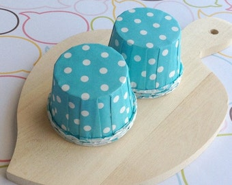 25 Polka Dot Aqua Baking Cups