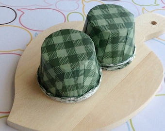 50 Green Gingham Baking Cups