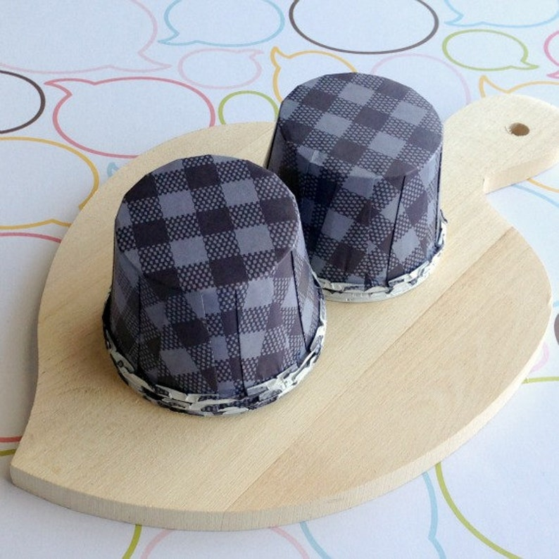 50 Navy Gingham Baking Cups image 0