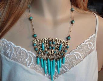 Vintage Bib Necklace—Turquoise