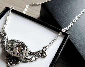 Steampunk necklace / Dainty Steampunk necklace /  Watch movement necklace - Silver