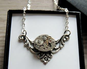 Steampunk necklace / Dainty Steampunk necklace / Watch movement necklace - Silver / clockwork necklace