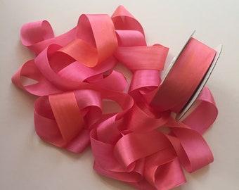 1 metre of 32mm variegated silk ribbon - Colour V103