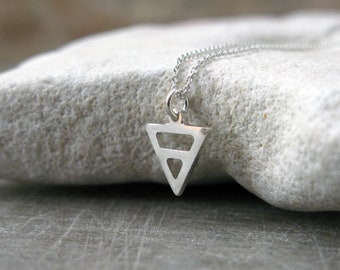 Earth Sign Silver Alchemy Symbol Element Capricorn Taurus Virgo Small Triangle Link Chain Necklace