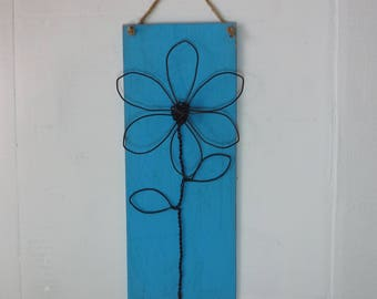 Wire Flower, Wall Hanging, Flower Plaque, Wall Flower, Farmhouse Decor, Rustic, Folk Art
