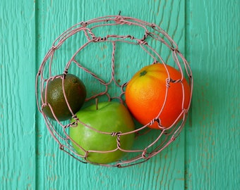 Wire Wall Hanging Basket In Distressed Pink
