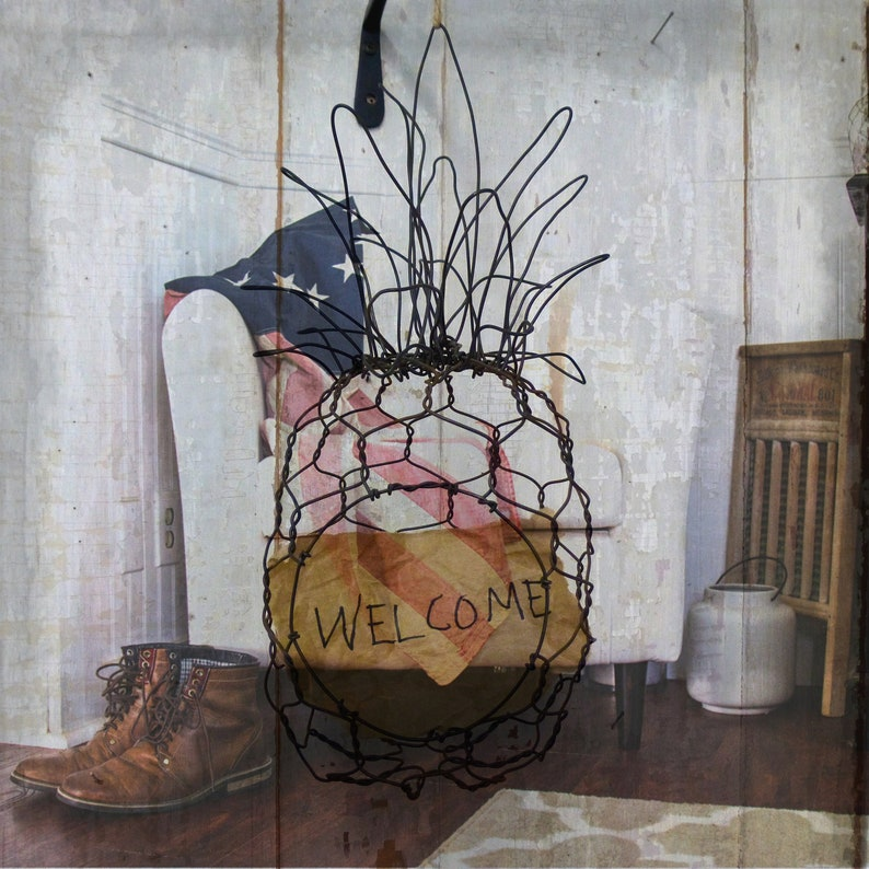 Wire Pineapple Sculpture Basket image 0